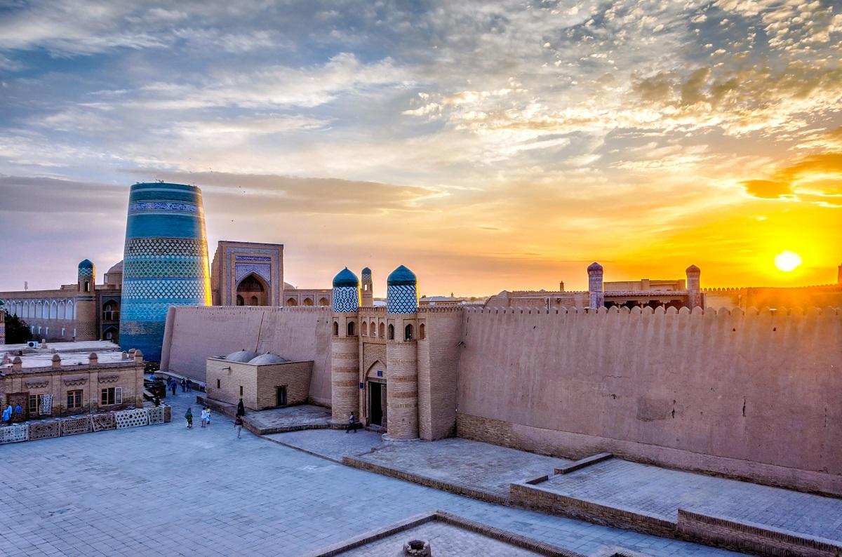 Day 6: Khiva - Bukhara (480 km)