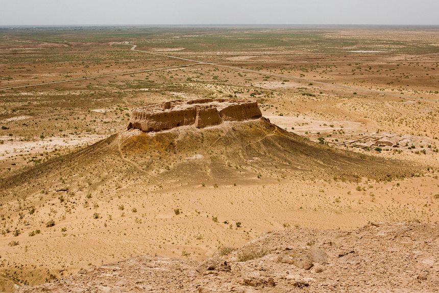 Day 6: Ayazkala - Gyaur-Kala - Koykirilgan-Kala - Toprak-Kala - Khiva (200 km)
