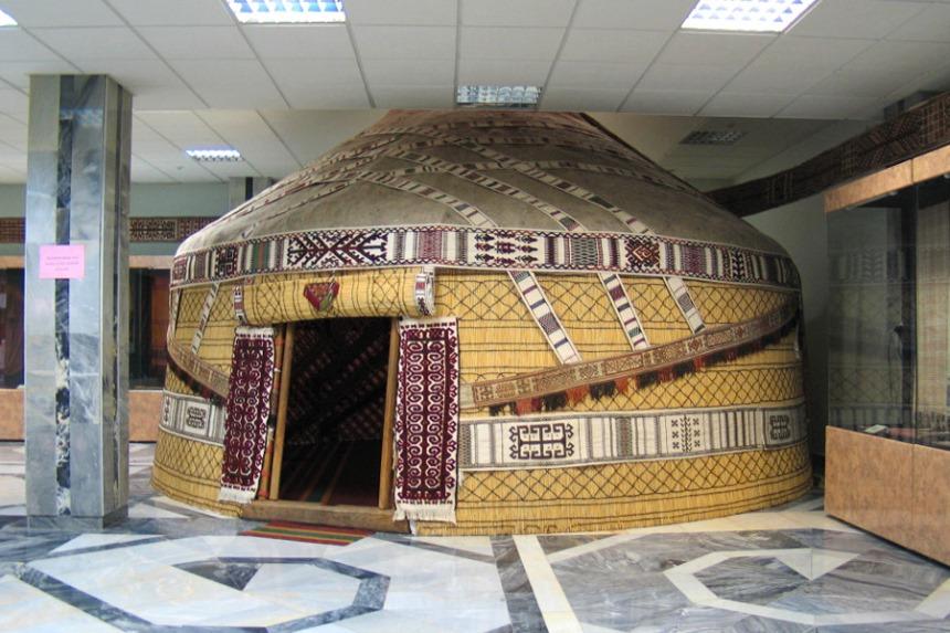 Day 5: Tashkent - Nukus - Ayazkala (Flight (1255 km) + 150 km)